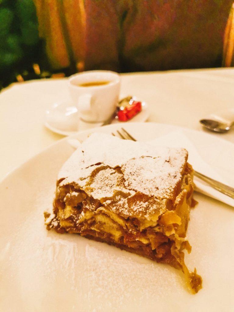 cosa mangiare a Vienna-strudel