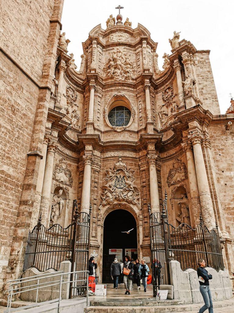 cosa fare a Valencia se piove-cattedrale