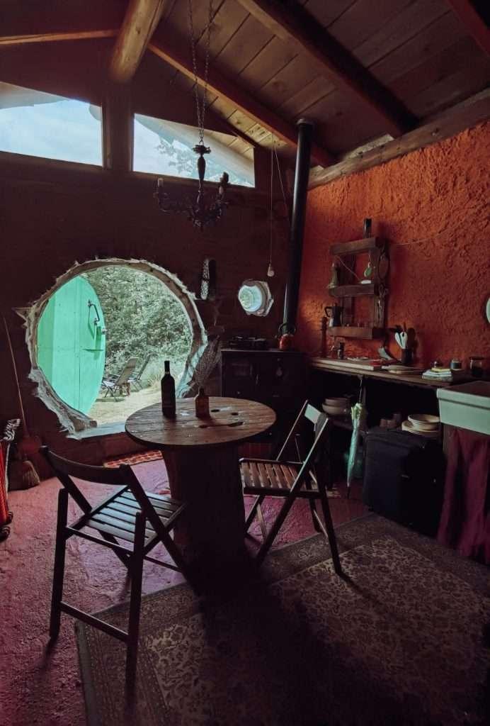 casa hobbit in Italia-interno-casa-hobbit