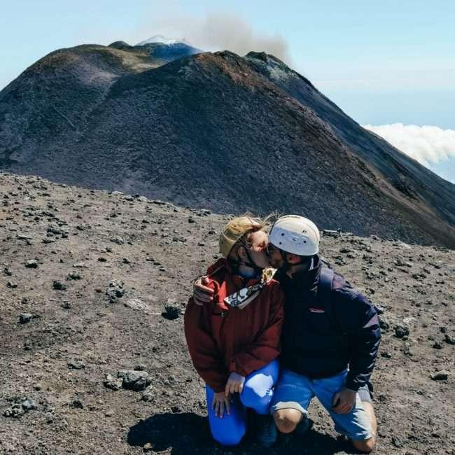 escursione ai crateri sommitali sull'Etna-caldera-etna