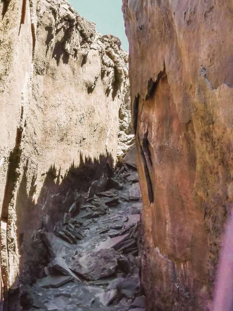 escursione ai crateri sommitali sull'Etna-tunnel