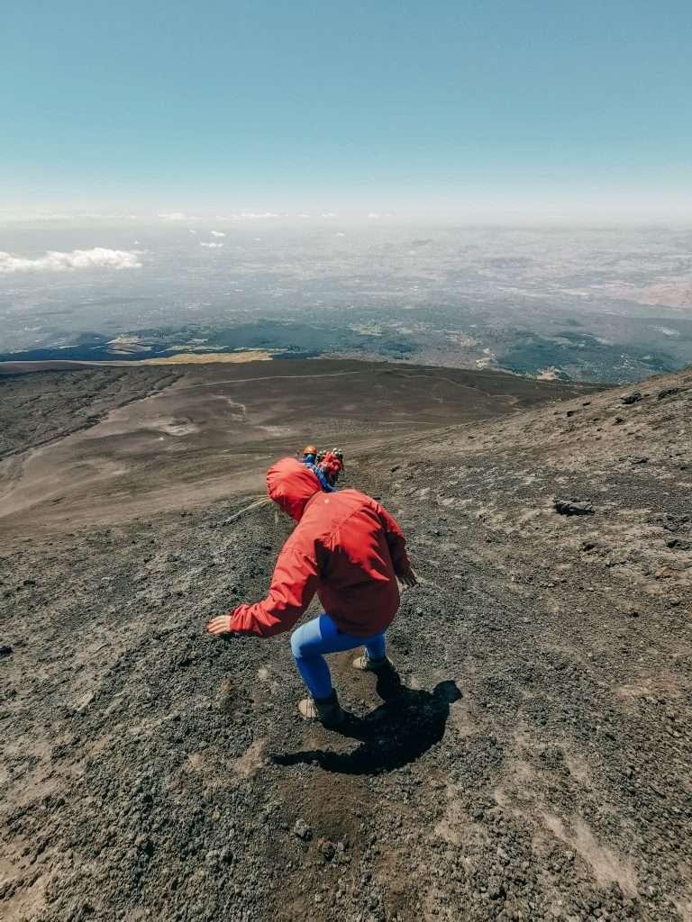 escursione ai crateri sommitali sull'Etna-discesa