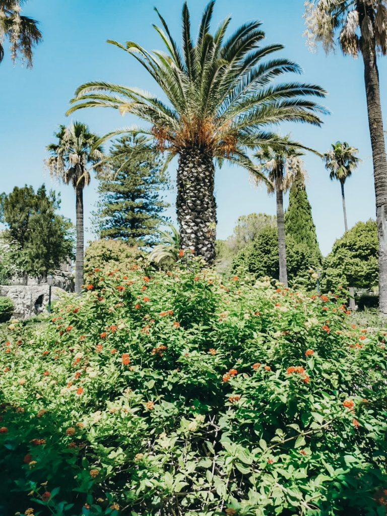 dormire in un antico convento-giardini-iblei