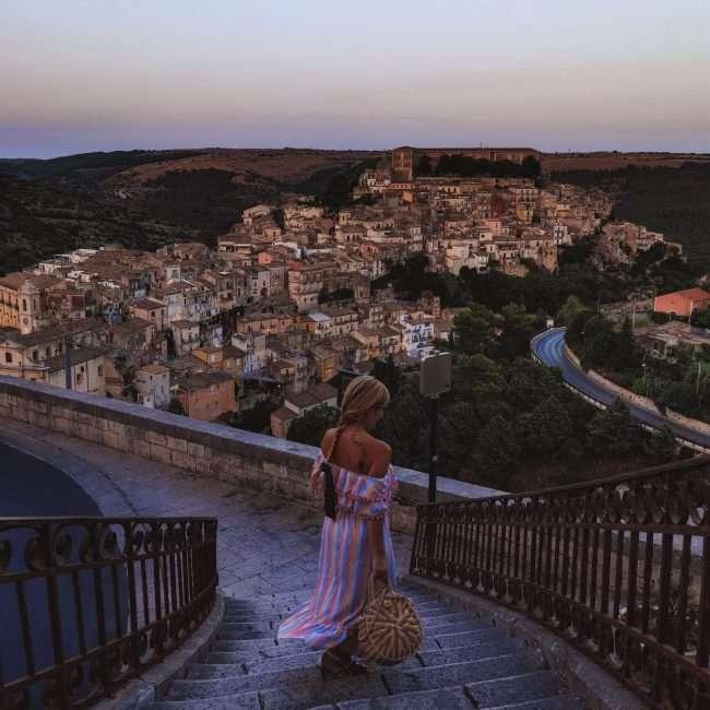 Ragusa Ibla in un giorno-tramonto