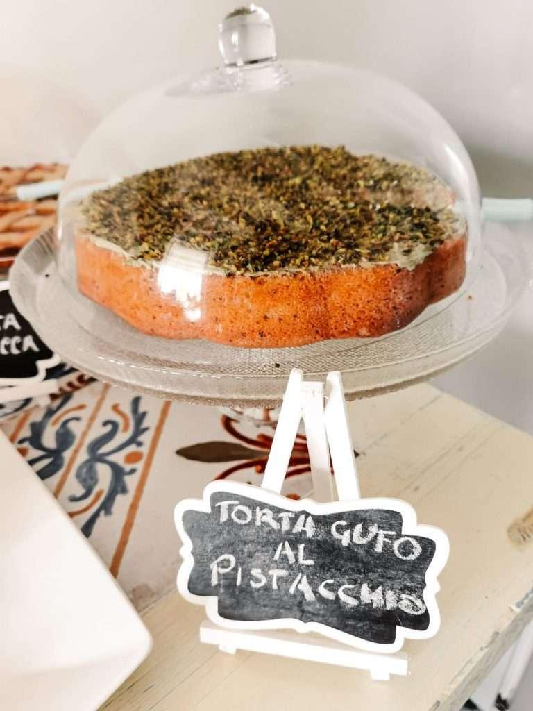Marzamemi in un giorno-torta-al-pistacchio