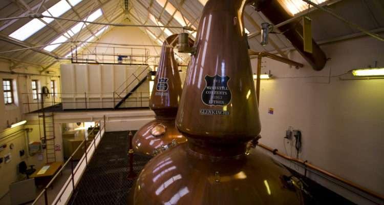 Edimburgo quando piove-distilleria-whisky