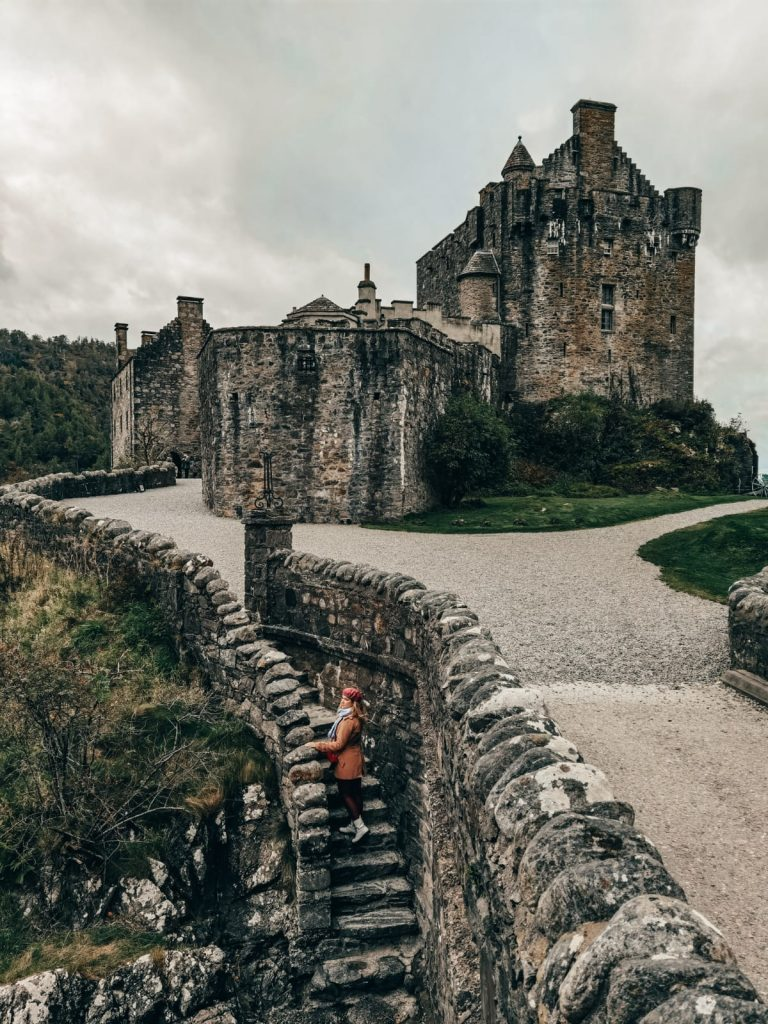come organizzare un on the road in Scozia-eilan-donan
