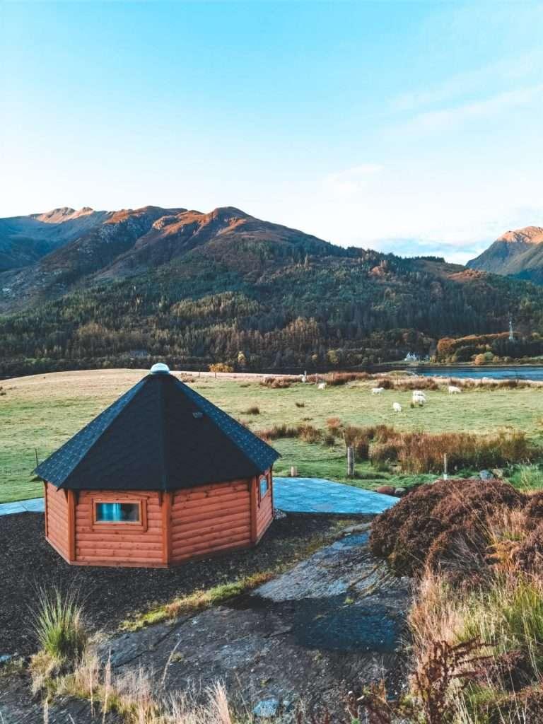 alloggi insoliti in Scozia-leven-lodge-esterno