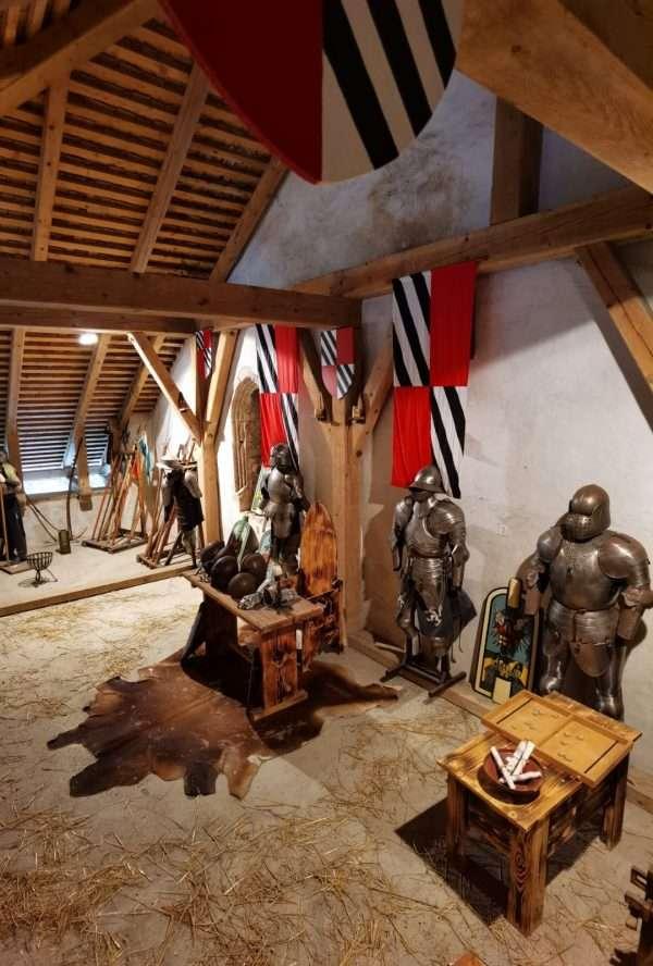 Castello di Predjama in Slovenia: info e costi della ...