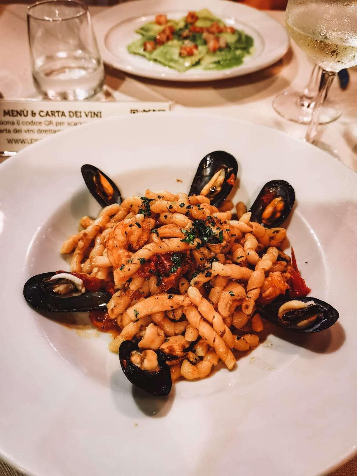 cosa mangiare in Sicilia-busiate