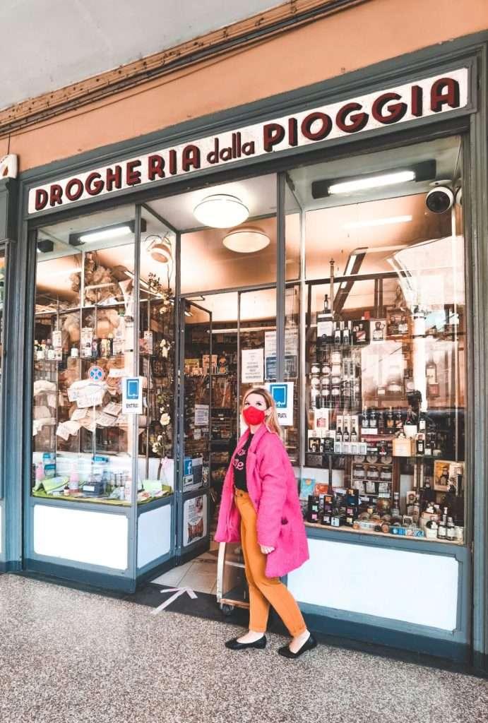 luoghi instagrammabili a Bologna-drogheria-della-pioggia